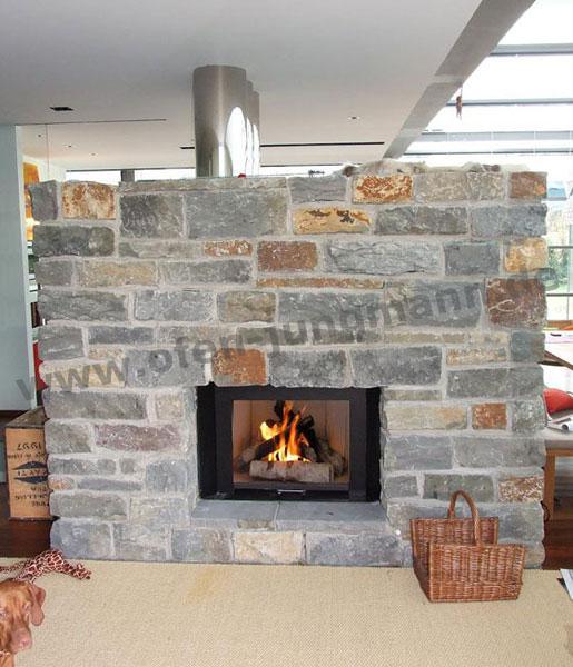 Kachelöfen oder Kamine mit Aufsatzwasserwärmetauscher, Wassertechnik